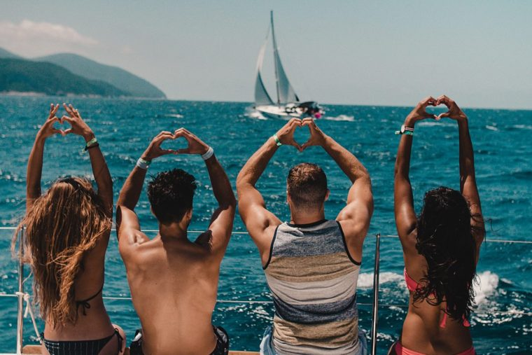 TYW – The Love Boat